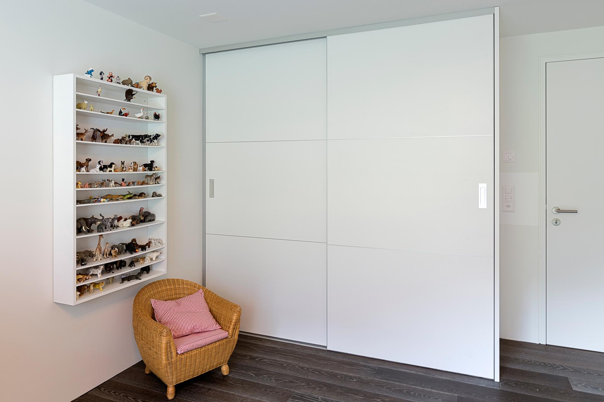 verstauen auf zu. Black Bedroom Furniture Sets. Home Design Ideas