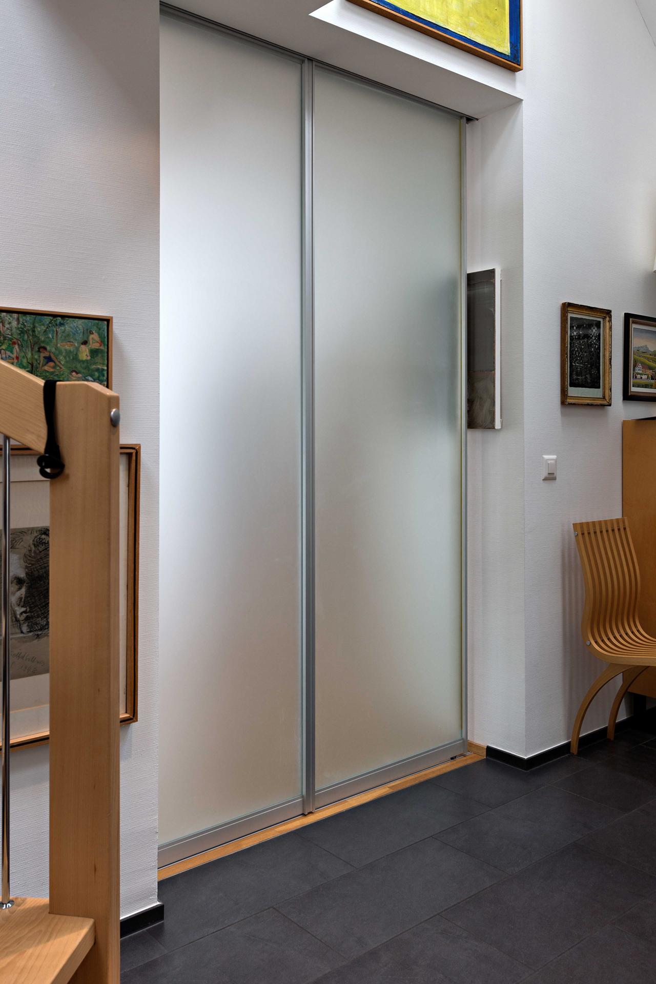 trennwand aus zwei schiebet ren komplett in die wand verschiebbar auf zu. Black Bedroom Furniture Sets. Home Design Ideas