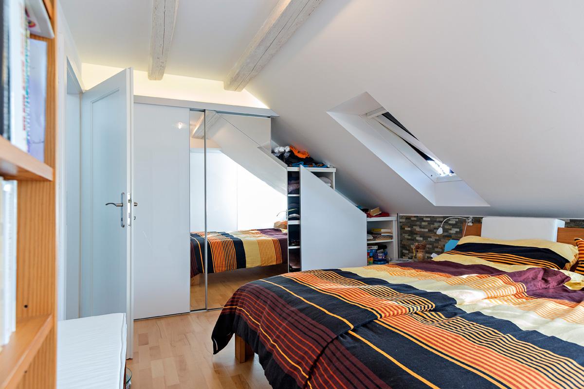 schrank in der dachschr ge nach mass projekt113 ds. Black Bedroom Furniture Sets. Home Design Ideas
