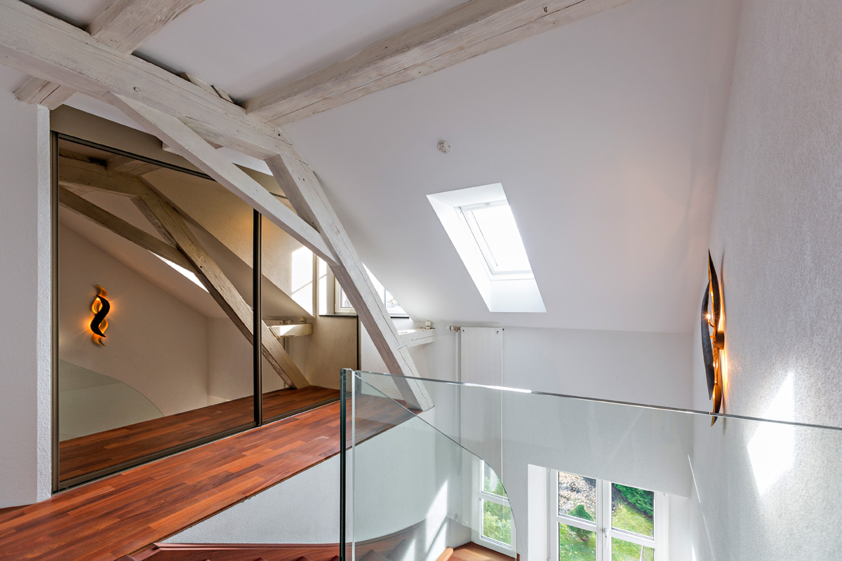 Schrank in der Dachschräge nach Mass Schrank unter dem Dach mit ...
